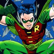"""Tak będzie wyglądał nowy Robin. Brenton Thwaites na pierwszym zdjęciu z serialu """"Titans"""""""
