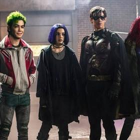 """Twórca """"Titans"""" zapowiedział homoseksualną postać w 2. sezonie serialu"""