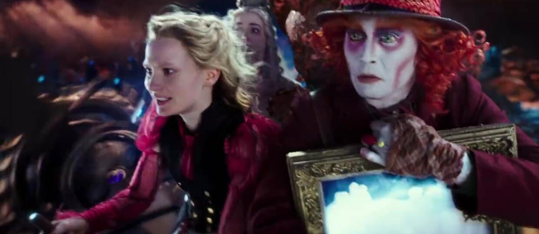 Alicja mierzy się z czasem po drugiej stronie lustra