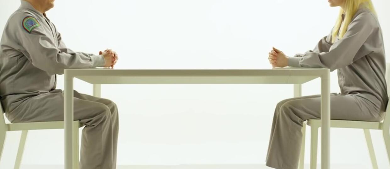 """Emma Stone i Jonah Hill w intrygującej zapowiedzi serialu Netfliksa """"Maniac"""""""