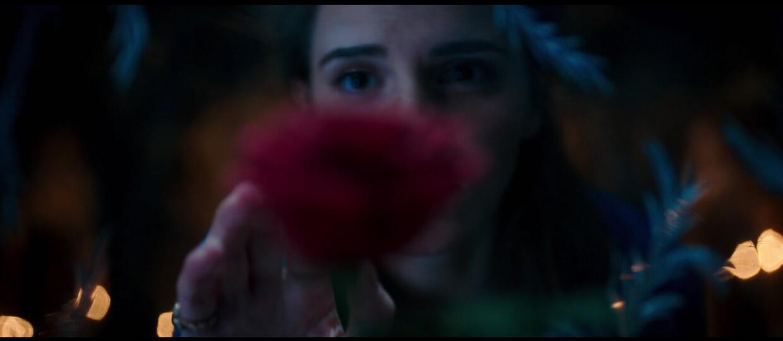 """Emma Watson w zapowiedzi """"Pięknej i Bestii"""""""