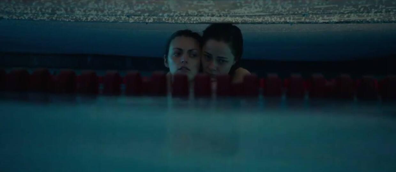 "Horror w publicznym basenie. Zwiastun ""12 Feet Deep"""