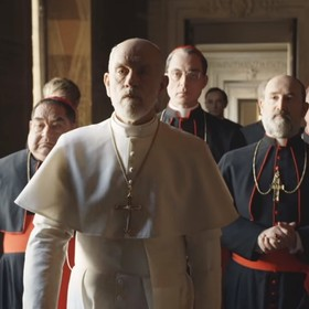 """Foto: kadr ze zwiastuna serialu """"Nowy papież""""/ HBO"""