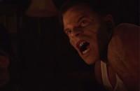 """Ksiądz przemieniający się w dinozaura w trailerze """"The VelociPastor"""""""