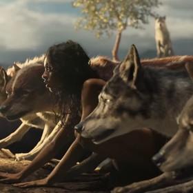 """Mroczny świat """"Księgi dżungli"""" w pierwszym zwiastunie filmu """"Mowgli"""" Andy'ego Serkisa"""