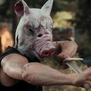 Snowflake (Schneeflöckchen) - Człowiek w masce świni