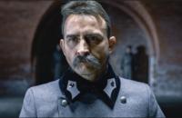 kadr z filmu Piłsudski