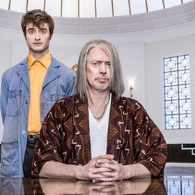 Steve Buscemi i Daniel Raddcliffe (Miracle Workers)