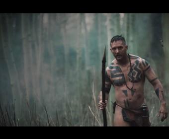 """Tom Hardy w zwiastunie serialu """"Taboo"""""""