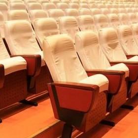 40% chińskich kin może już nie otworzyć się z powrotem, mówią nowe badania