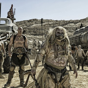 kadr z filmu Mad Max: Na drodze gniewu
