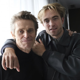 Willem Dafoe i Robert Pattinson