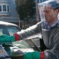 """Konsultant medyczny filmu """"Contagion. Epidemia Strachu"""" zarażony koronawirusem"""