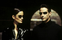 Keanu Reeves i Carrie-Anne Moss