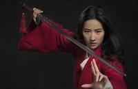 """""""Mulan"""" obiektem bojkotu fanów. Co tym razem przeskrobał Disney?"""