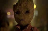 """Baby Groot ze """"Strażników Galaktyki 2"""" ma niewyparzony język. Wiemy ile razy bohater rzucił """"k***wską bombą"""""""