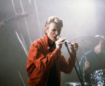 """Oto pierwszy zwiastun filmu o Davidzie Bowiem. Zobaczcie zapowiedź """"Stardust"""""""