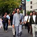 """Powraca """"Borat""""? Sacha Baron Cohen przyłapany na filmowaniu"""