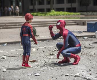 """Tobey Maguire i Andrew Garfield w """"Spider-Manie 3"""". Sony komentuje doniesienia"""