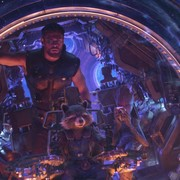 """W jaki sposób Thor rozumiał Groota w """"Avengers: Wojna bez granic""""? James Gunn zdradza sekret"""