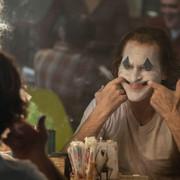 """Zobaczcie film dokumentalny o powstawaniu """"Jokera"""" z Phoenixem i Phillipsem w rolach głównych"""