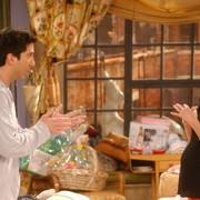 """Czy Ross i Rachel byli na """"przerwie"""" od swojego związku? David Schwimmer rozwiewa wątpliwości"""