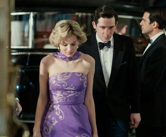 """Gillian Anderson w roli Margaret Thatcher i Emma Corrin jako księżna Diana. Zobacz pierwsze zdjęcia z nowego sezonu """"The Crown"""""""