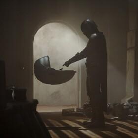 """""""The Mandalorian"""" doczekał się szczerego zwiastuna. Oberwało się Disneyowi i nowej trylogii Star Wars"""