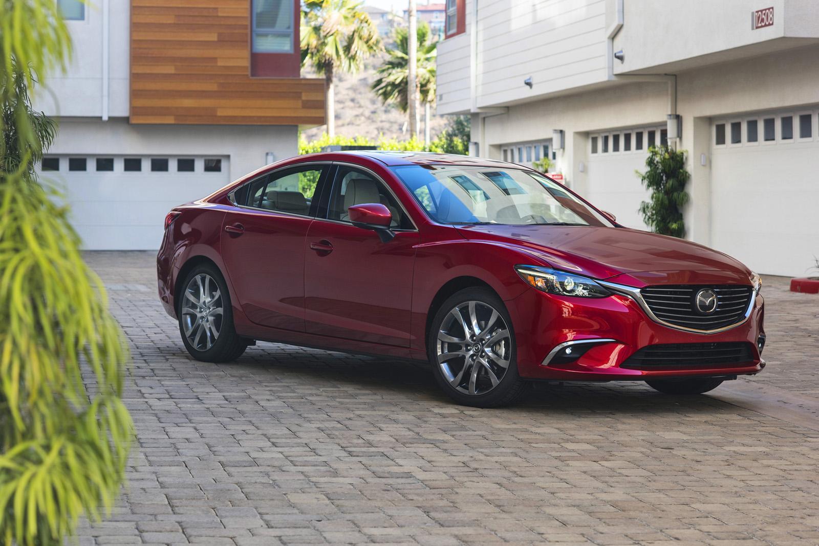 2017_Mazda6_04
