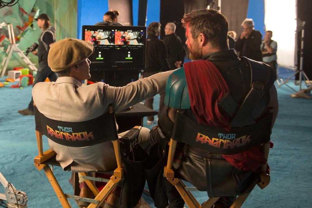 Taika Waititi Chris Hemsworth