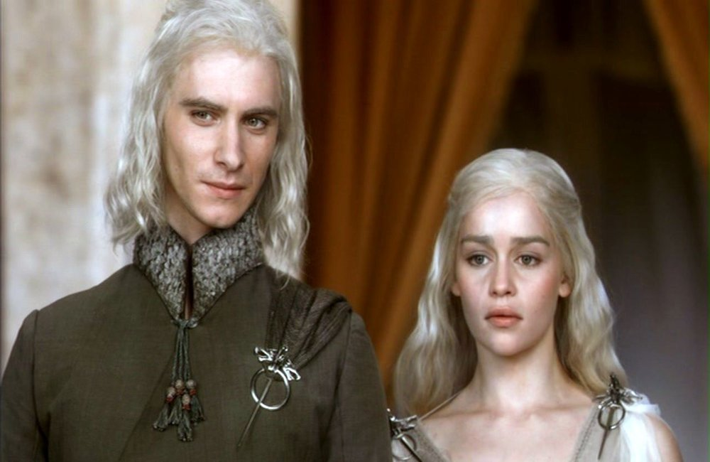 """Harry Lloyd jako Viserys, foto: kadr z serialu """"Gra o tron"""""""