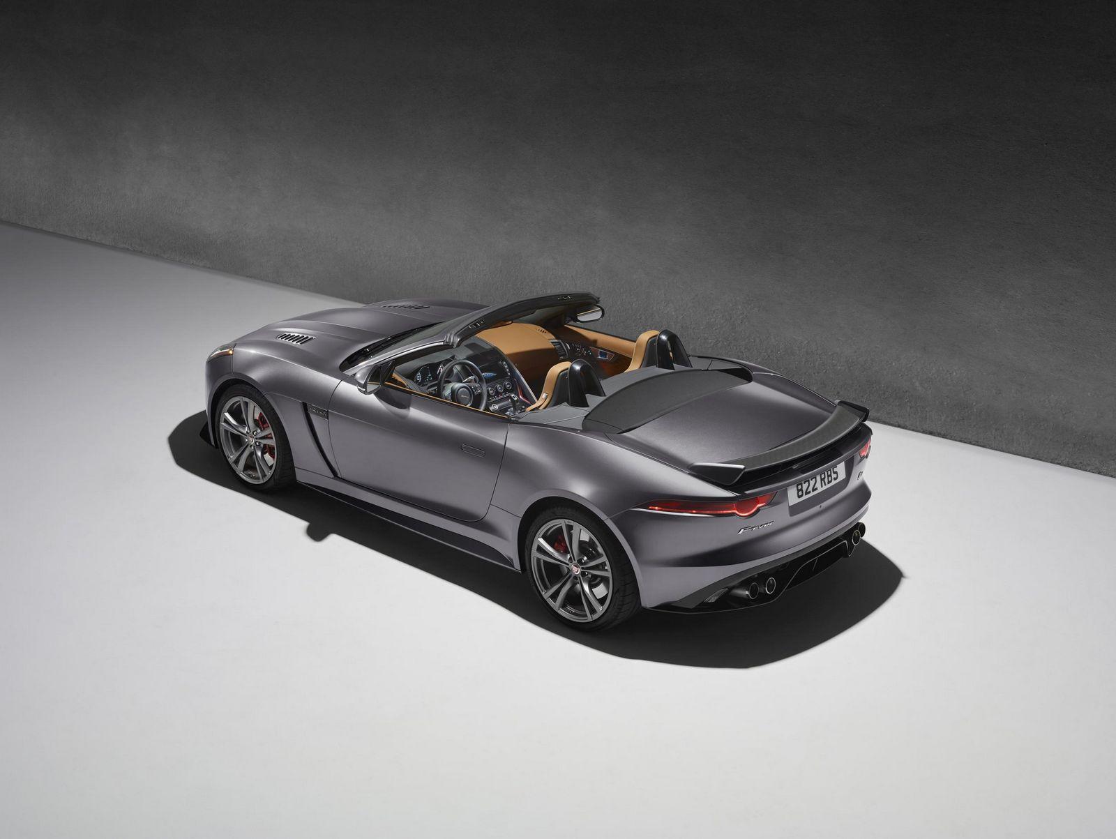 Jaguar F-Type SVR 3