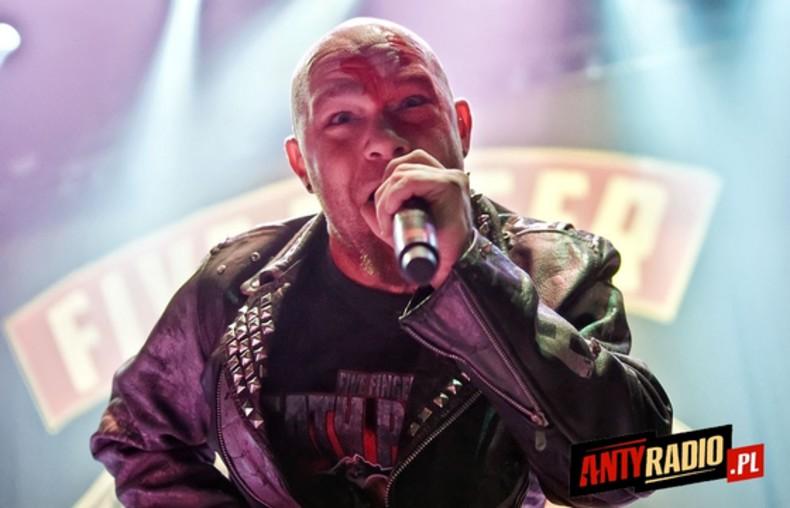 Judas Priest i Five Finger Death Punch 1/92