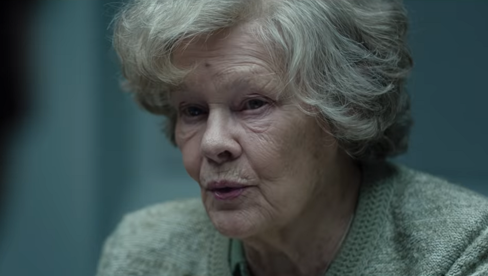"""Judi Dench jako Joan Stanley, foto: kadr ze zwiastuna do filmu """"Tajemnice Joan"""""""