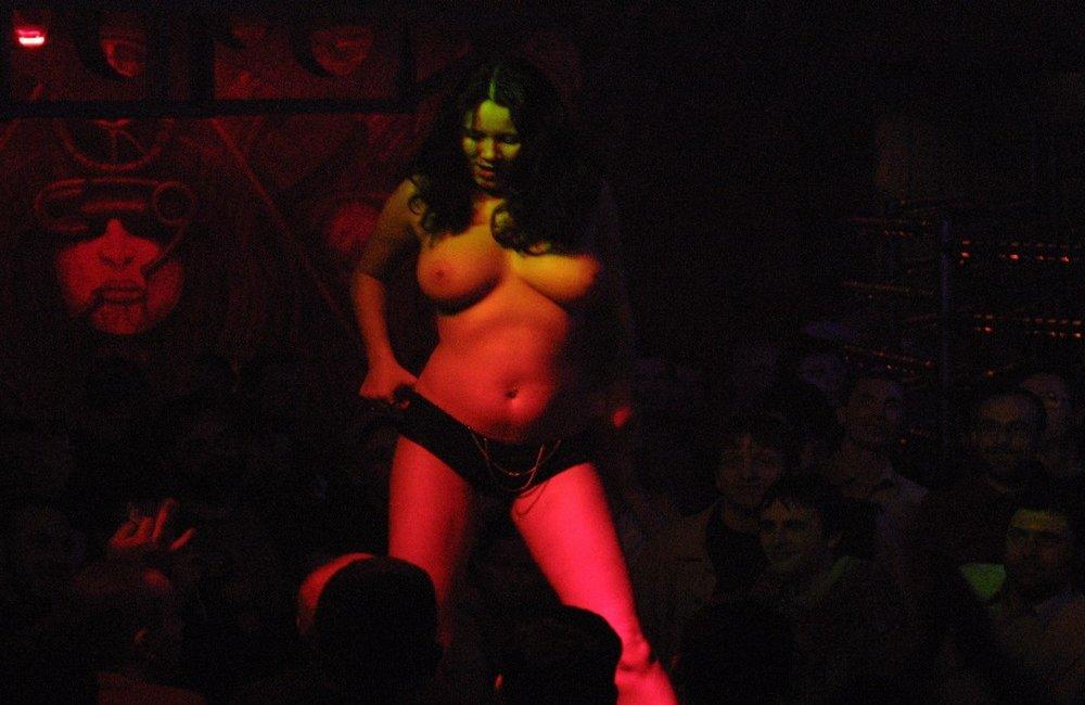 Klaudia Figura podczas targów Eroticon, foto: CEZARY PECOLD/REPORTER/ eastnews