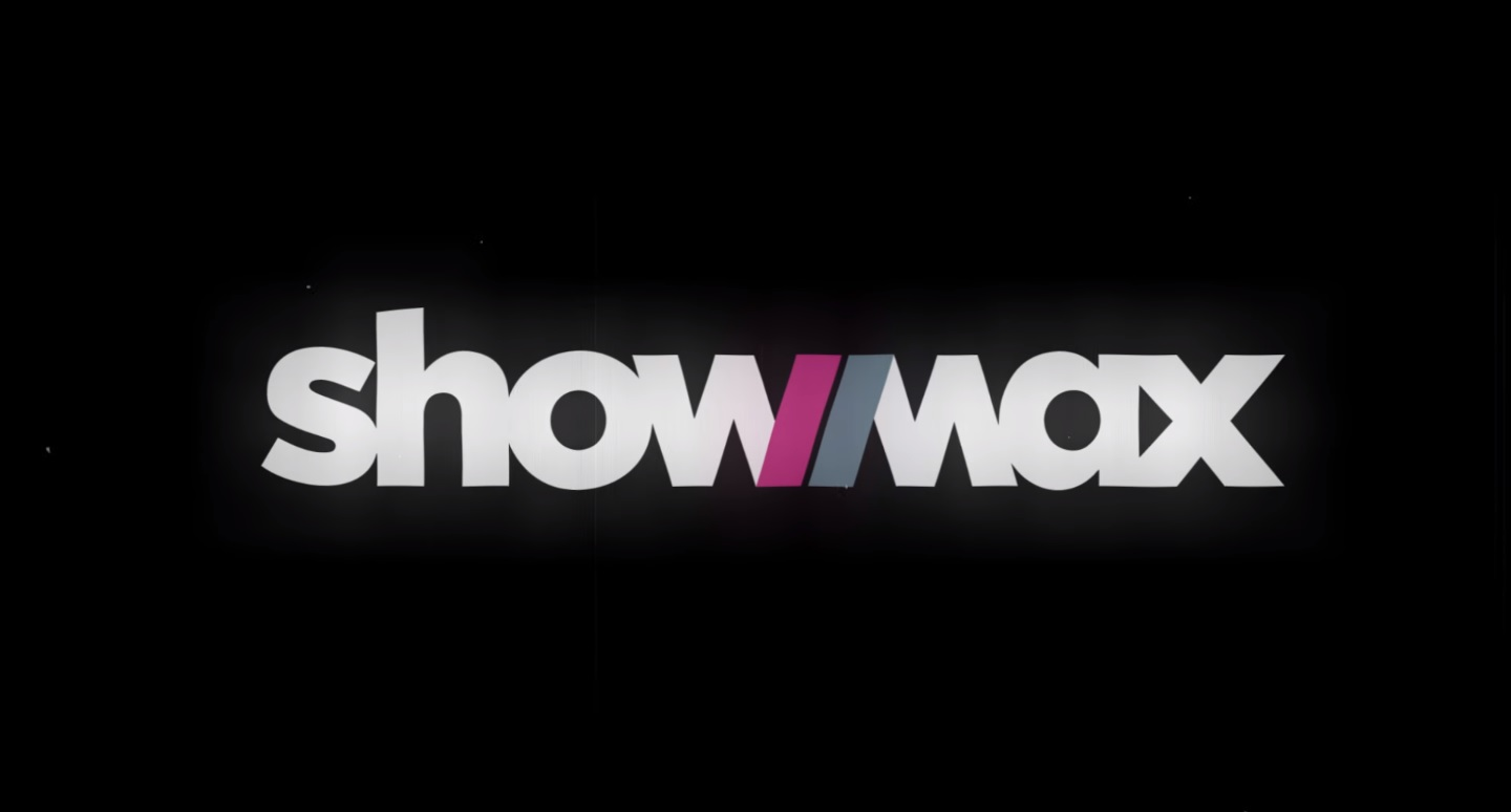 Halloweenowe logo Showmax