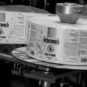 """Piwo """"Sacrum"""" zespołu Behemoth zostało rozlane - fot. Browar PERUN, 2/10"""
