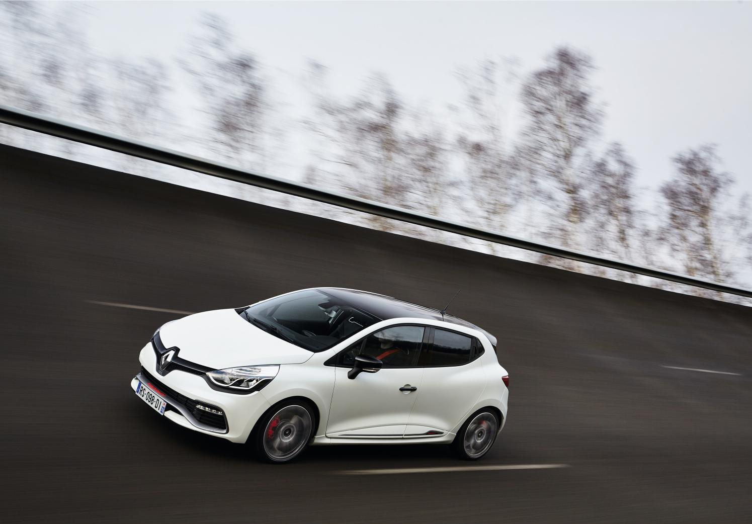 Renault Clio RS 220 Trophy 2