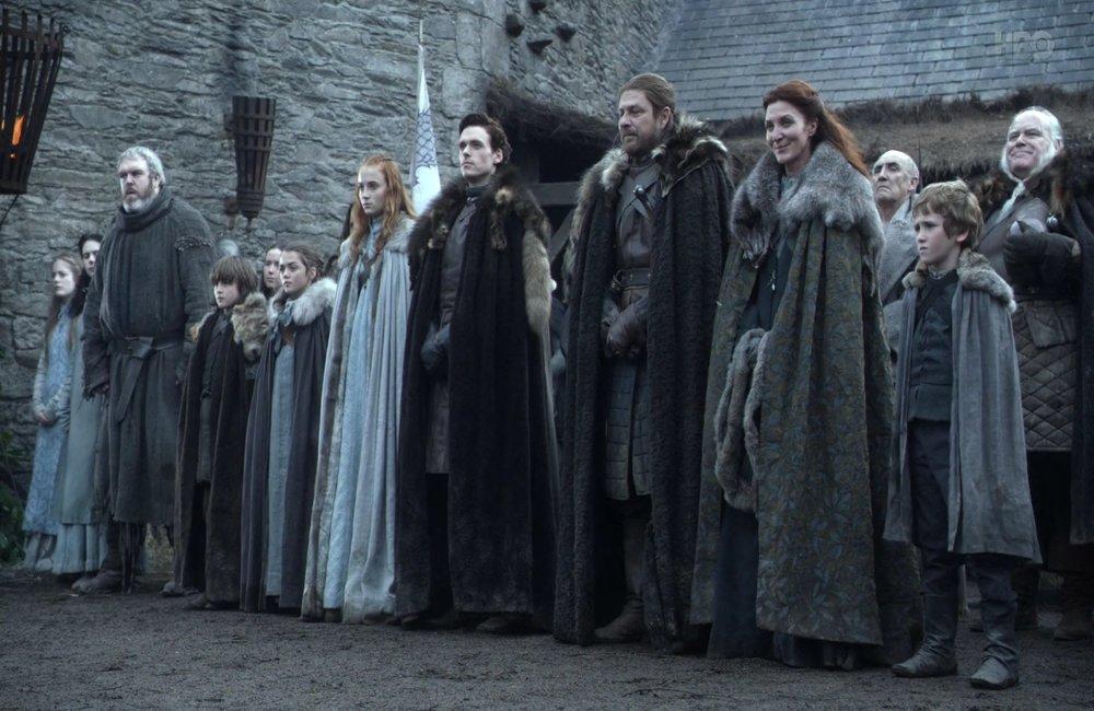 """rodzina Starków, foto: Kadr z serialu """"Gra o tron"""""""