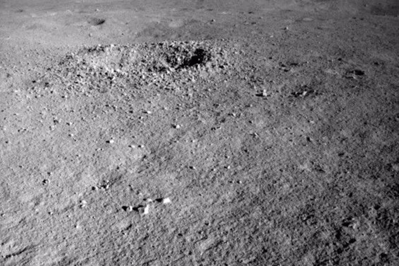 Szokujące odkrycie na ciemnej stronie księżyca