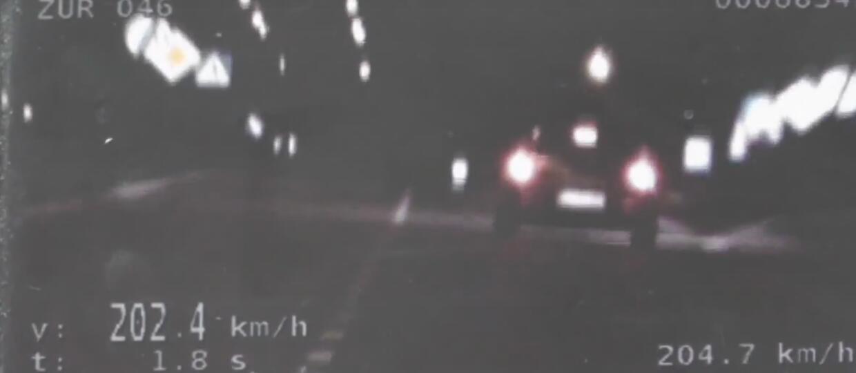 18-latek pędził 202 km/h w mieście