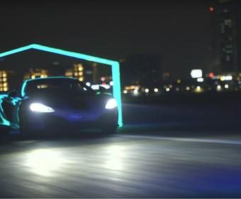 Co jest szybsze – McLaren 650S czy wyścigowy dron?