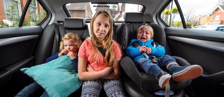 Dzieci wolą ojców za kierownicą