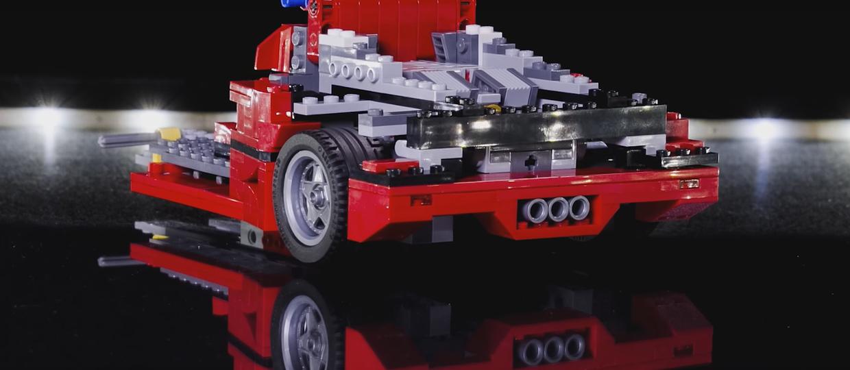 Jak wygląda Ferrari F40 z klocków Lego?