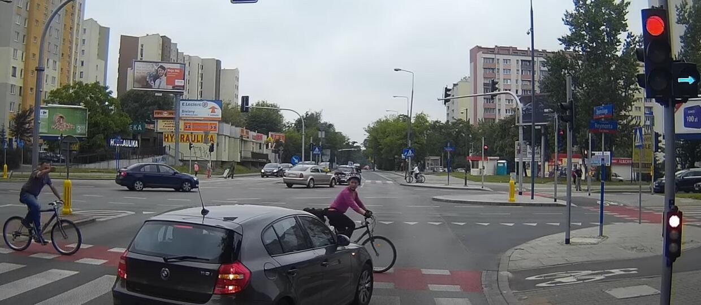 Kierowca BMW nastraszył rowerzystkę