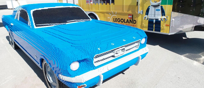 Klasyczny Ford Mustang z klocków Lego