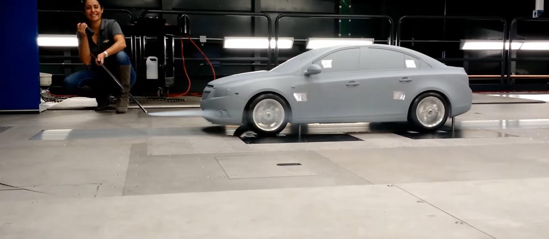 Miniaturowy tunel aerodynamiczny GM