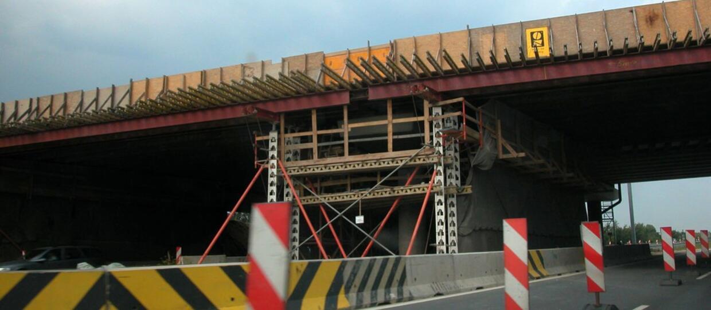 Opłaty za przejazd remontowanymi autostradami mają być niższe