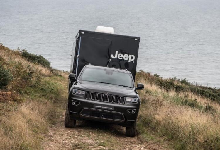 jeep-popup-dealership-6