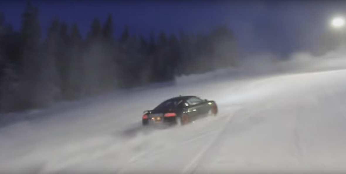 Substytut skutera śnieżnego? Audi R8!
